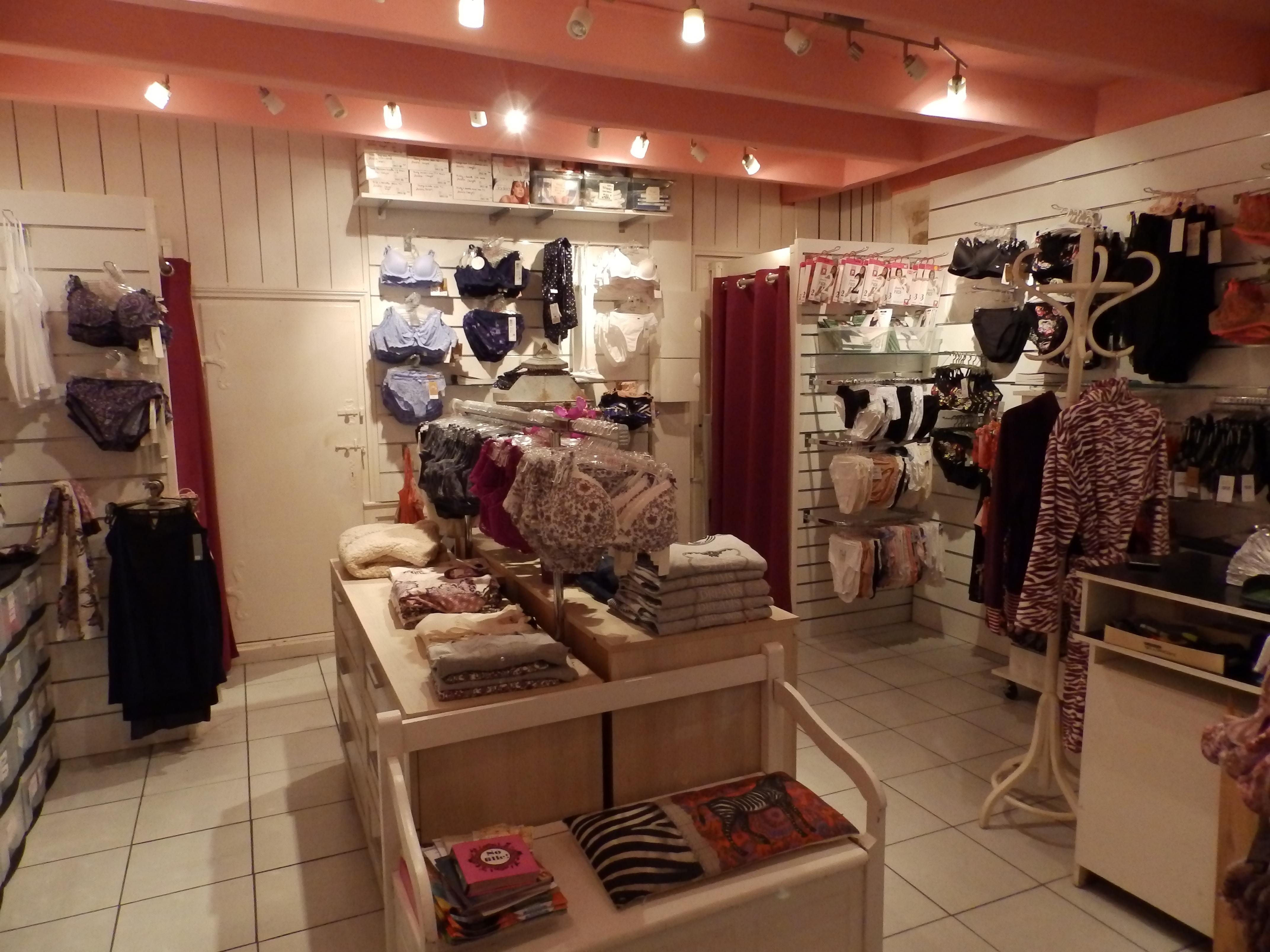Interieure 2 magasin A fleur de Soi lingerie Guerande